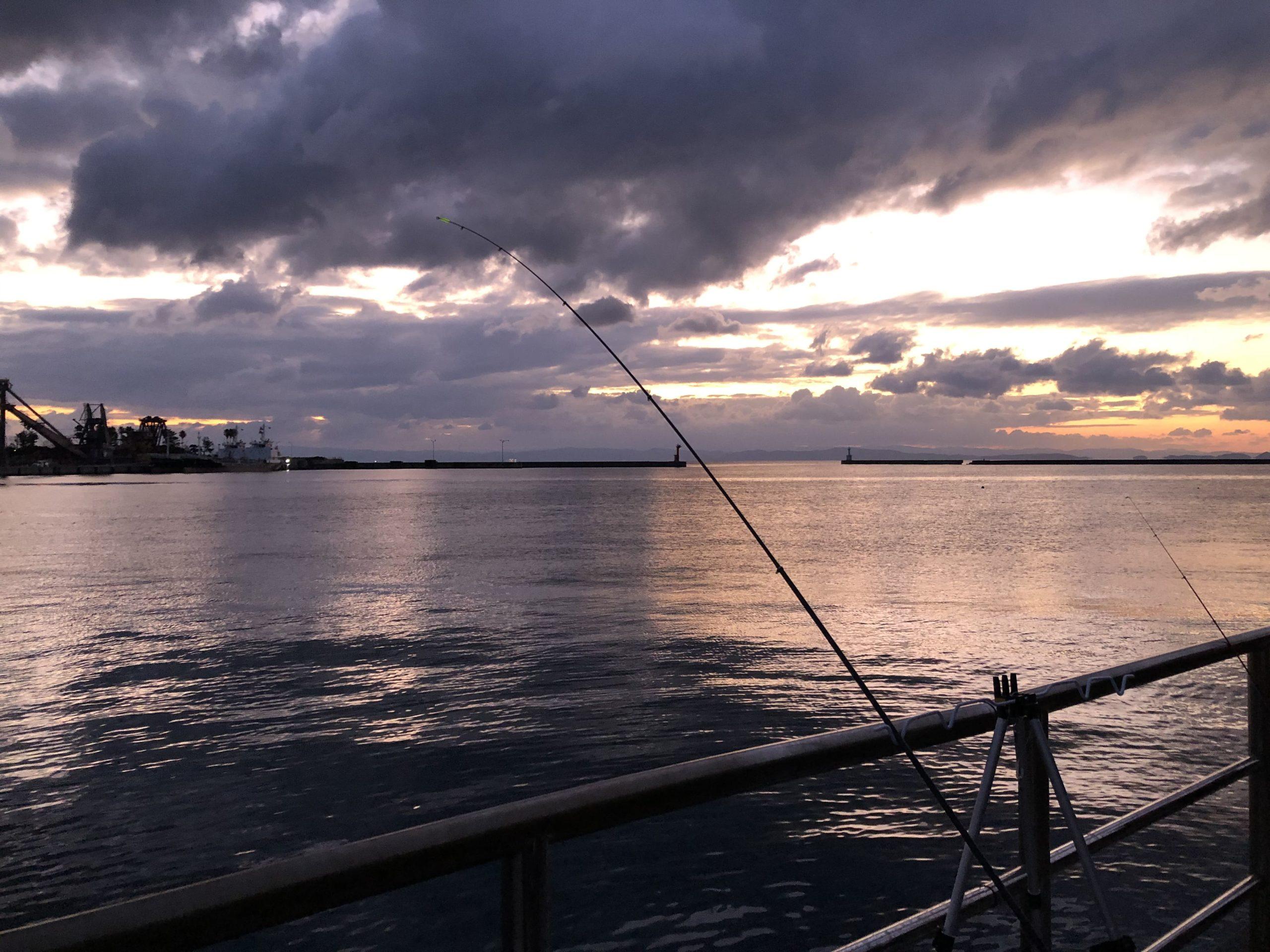 津名港ベランダ