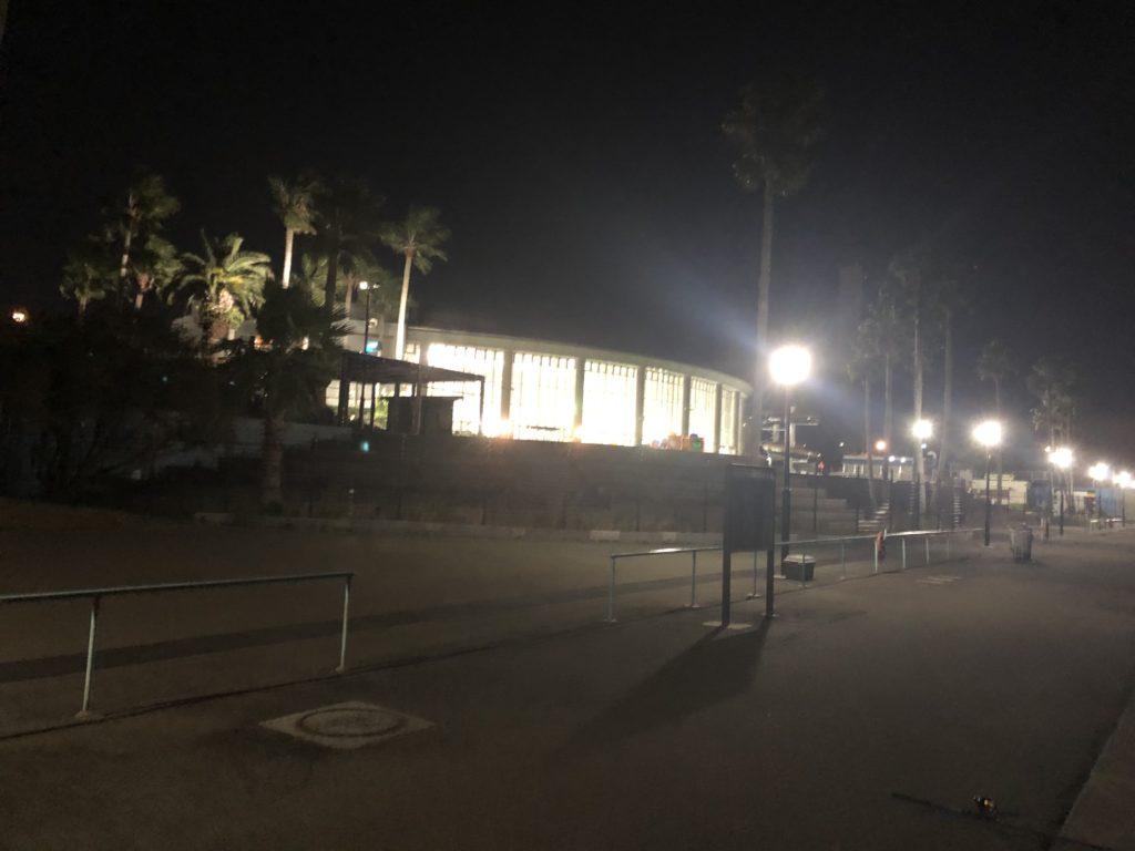 鳴尾浜臨海公園の海づり広場